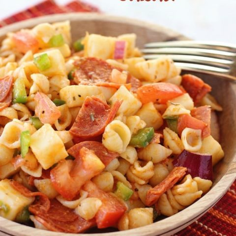 This Pizza Pasta Salad has all the wonderful flavors of a supreme pizza! Plus it is a great make-ahead recipe!