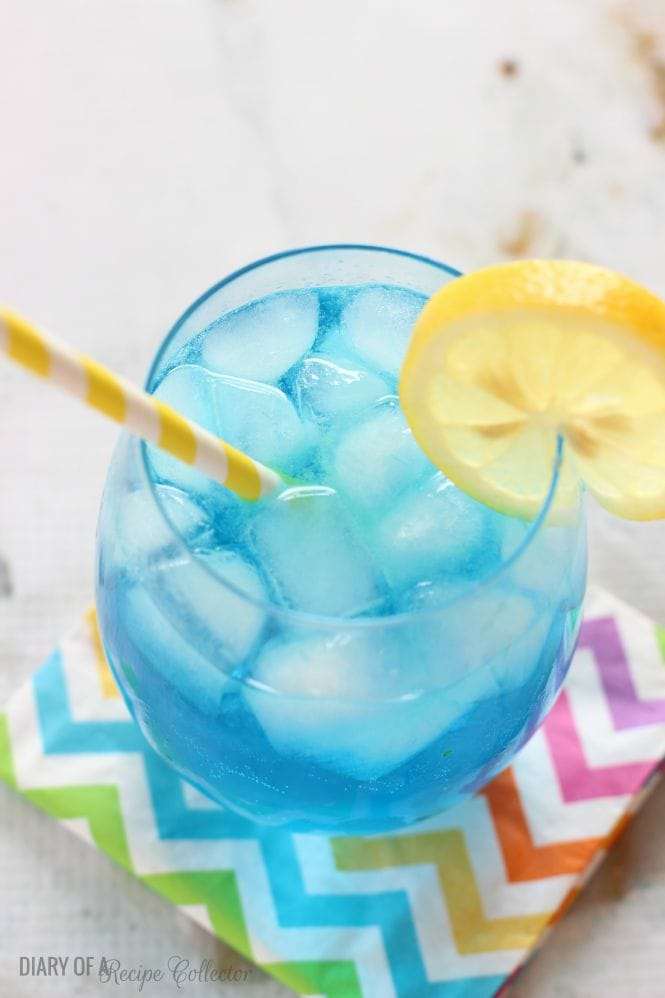 Electric Lemonade - A fun and easy cocktail - Diary of a Recipe Collector