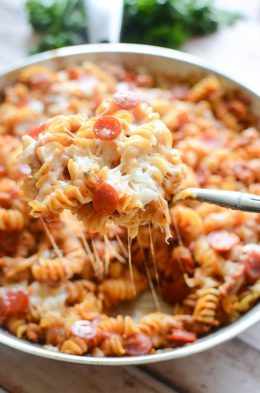 Weekly Family Meal Plan - One Pan Pizza Pasta