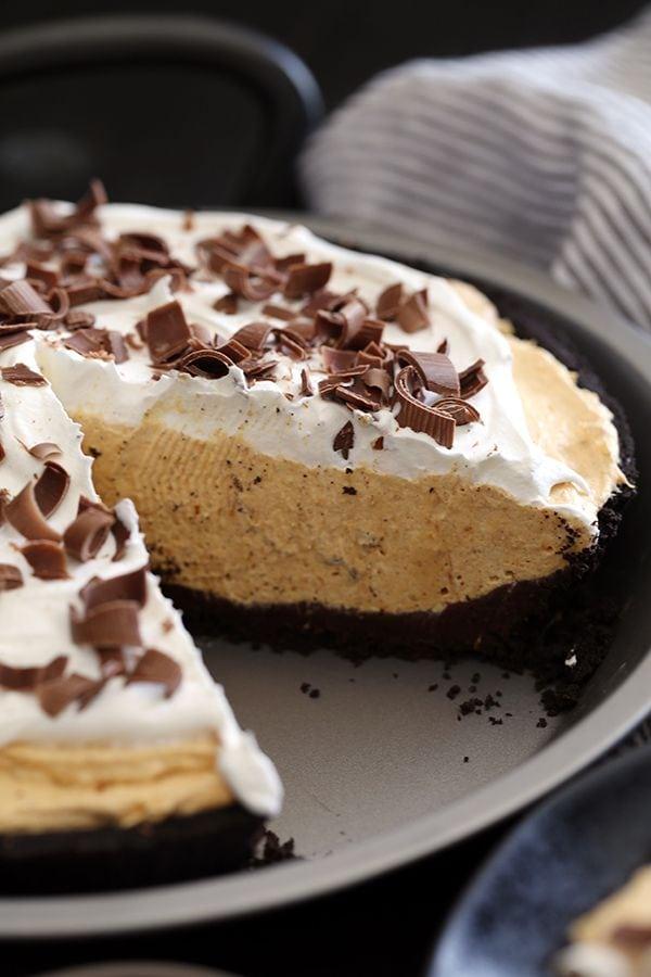 Weekly Family Meal Plan - Black Bottom No Bake Pumpkin Cheesecake