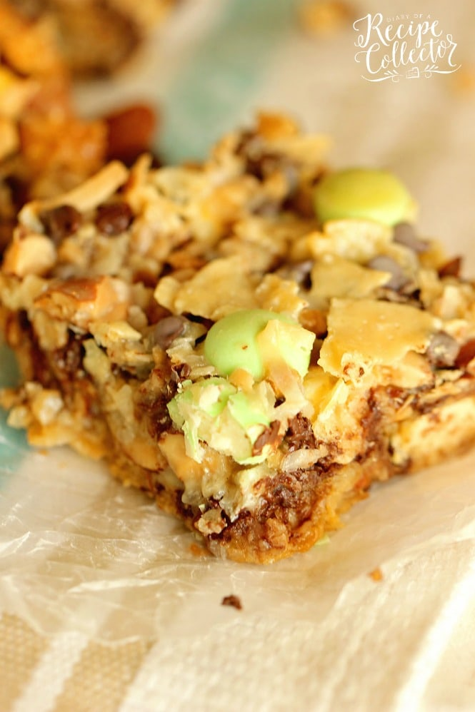 Easter Everything Bars are filled with so many good things including potato chips, coconut, almonds, chocolate chips, toffee bits, and white chocolate candies! They are the perfect sweet and salty combo!