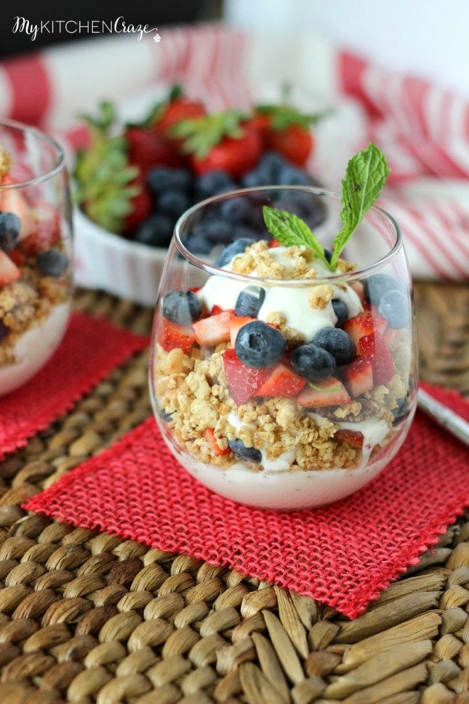 Berry Fruit and Yogurt Granola Parfait