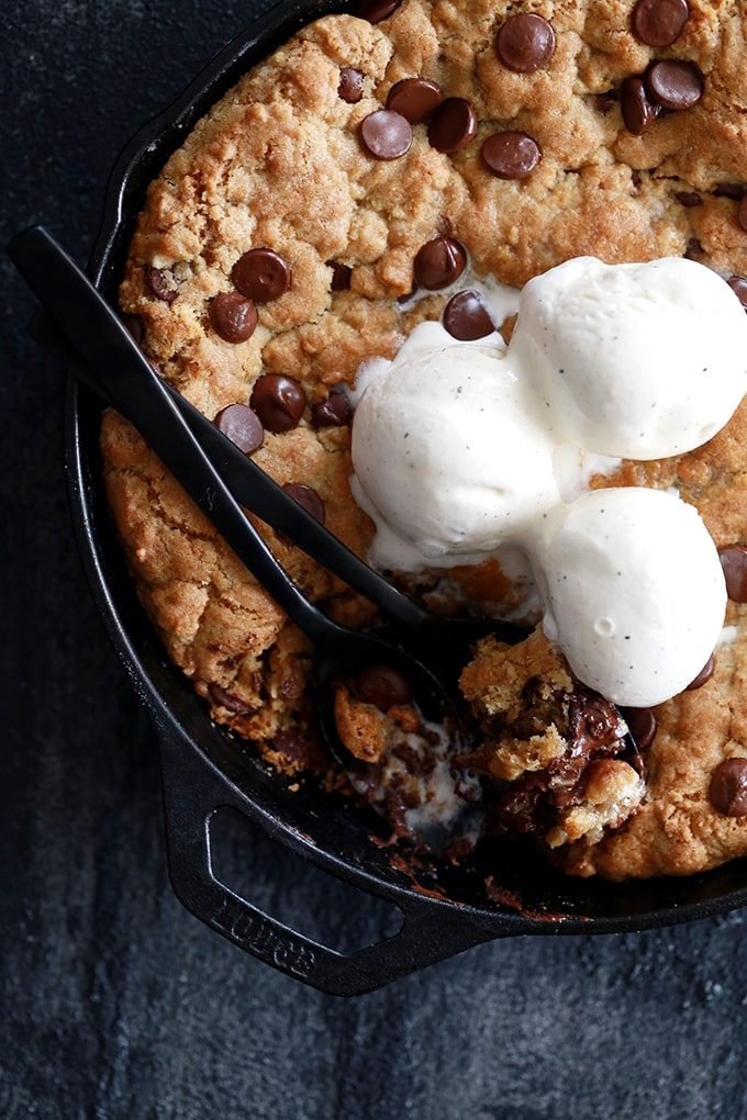 Deep Dish Skillet Chocolate Chip Cookie