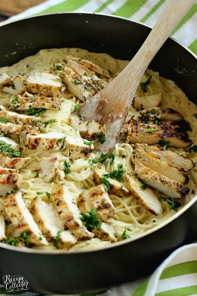 Basil Pesto Chicken Alfredo - An easy, delicious, and quick 30 minute chicken dinner recipe!
