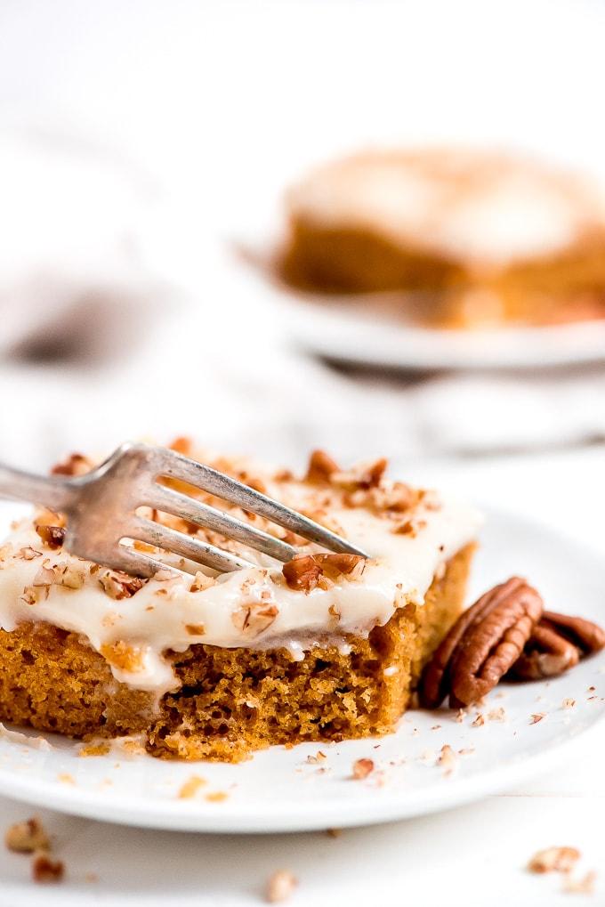 https://www.garnishandglaze.com/pumpkin-sheet-cake-recipe/
