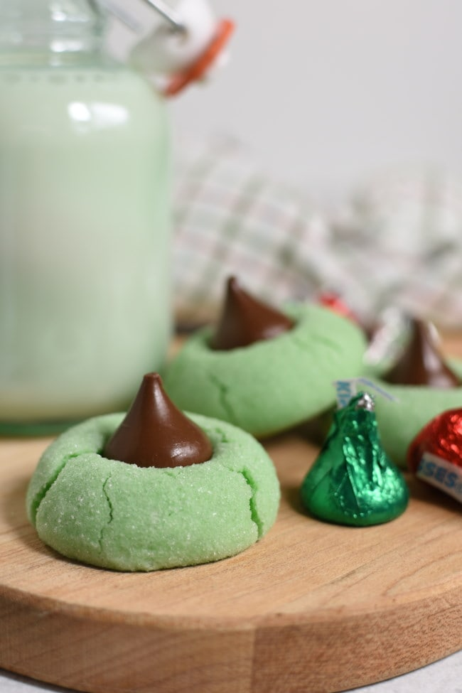 Mint Chocolate Kiss Blossom Cookies