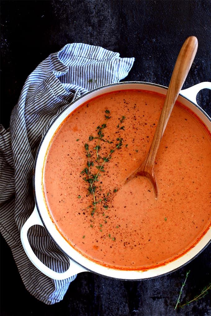 Creamy Tomato Bacon Soup
