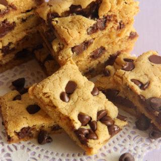 Gooey Brown Sugar Chocolate Chip Bars