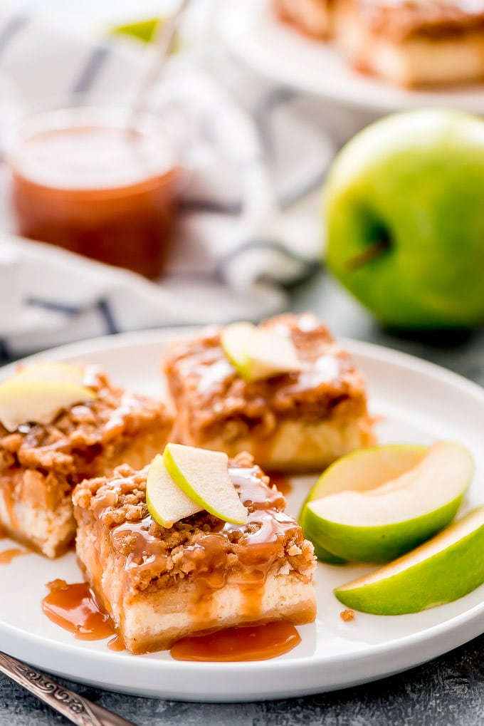 https://www.garnishandglaze.com/caramel-apple-cheesecake-bars/