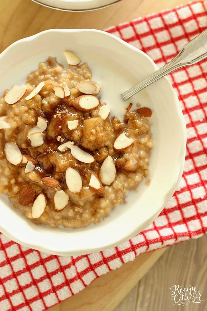 Overnight Slow Cooker Apple Cinnamon Oatmeal - A creamy easy make-ahead breakfast oatmeal recipe.